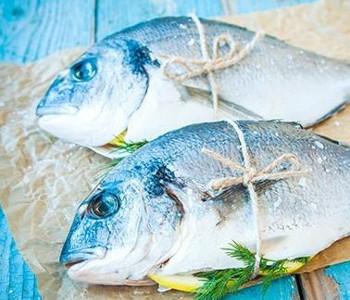 plat de poisson frais